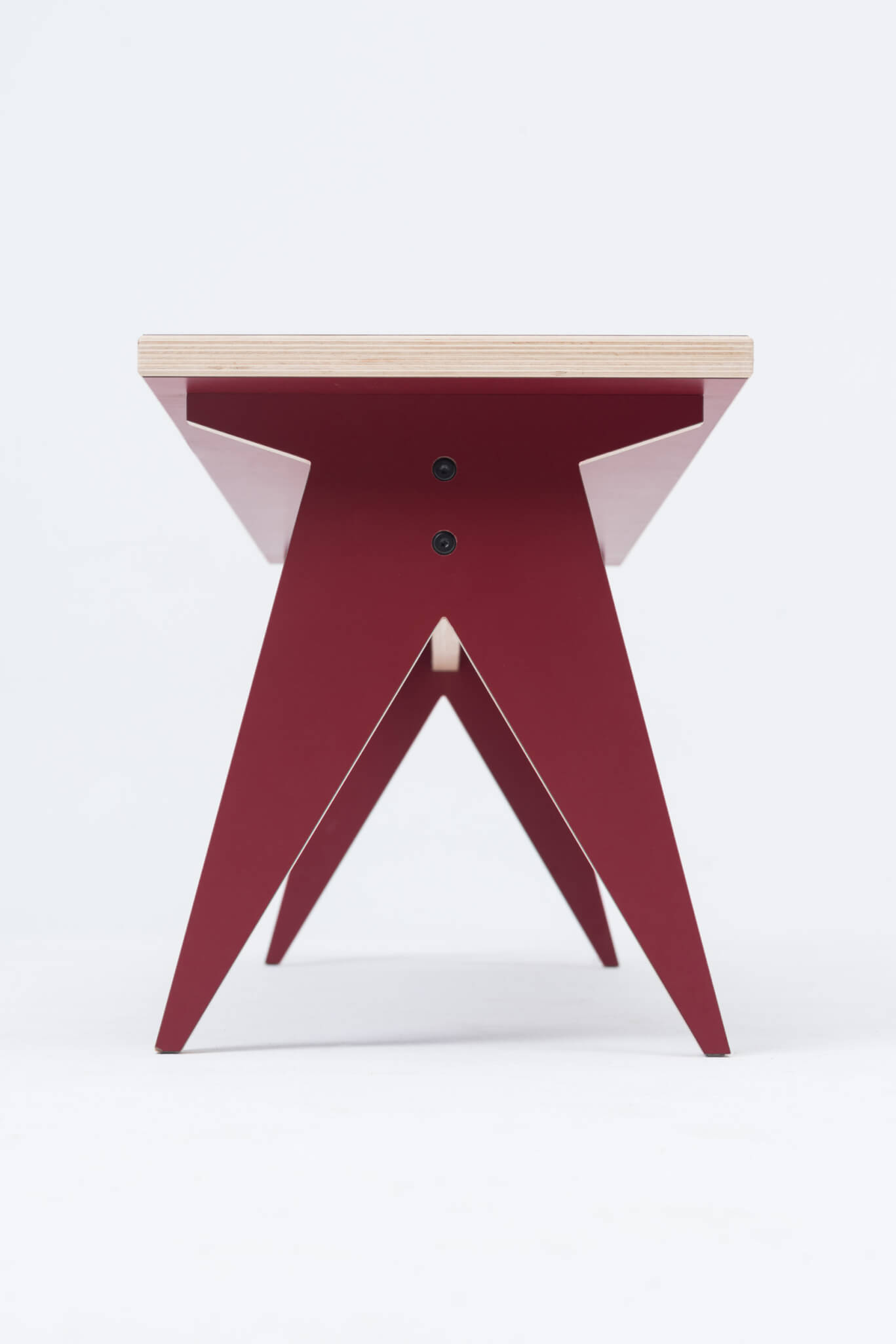st-calipers-bench-lawka-red-stfurniture.com-05