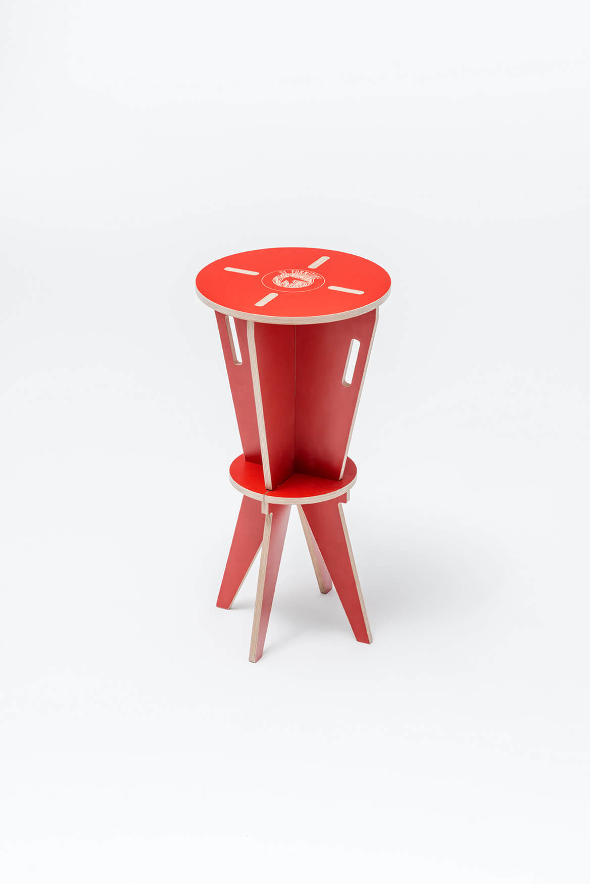 st-hocker-swallow-tail-furniture-red-3