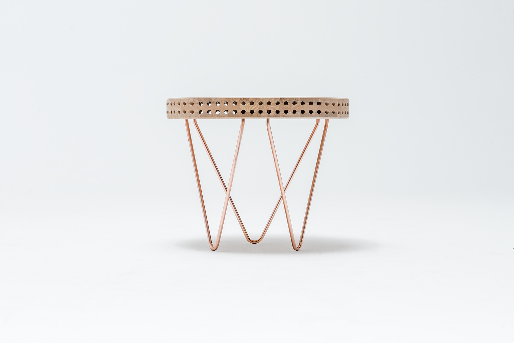 reaktor-side-table-swallow-tail-furniture-2